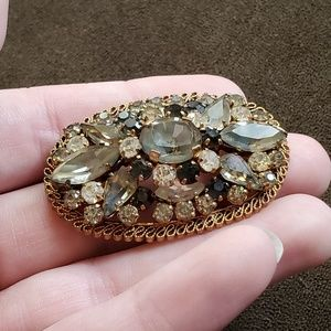 Vintage Jewelry - Vintage Gold Gray Austrian Crystal Brooch Oval